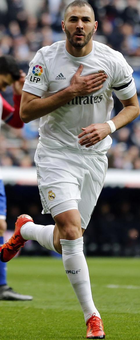 Karim Benzema football render - 21348 - FootyRenders